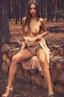 Gorgeous Alina Showing Perfect Tits In Forest